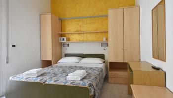 Hotel-a-Rimini-con-vista-mare-e-parcheggio-depandance